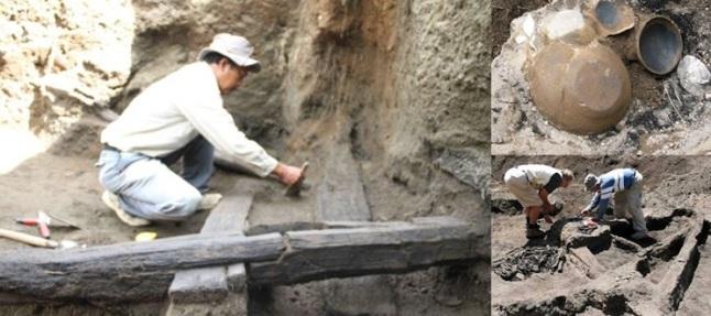 Gambar 4. Jejak rumah yang terkubur di bawah pasir beserta sejumlah barang yang berhasil ditemukan didalamnya. Pasir tersebut adalah endapan awan panas Letusan Tambora 1815. Sisa-sisa kayu kerangka rumah yang telah rebah dan berubah menjadi arang (terkarbonisasi) menunjukkan awan panas yang mengubur kaki Gunung Tambora masih bersuhu sangat tinggi. Sumber: Johnston, 2012.