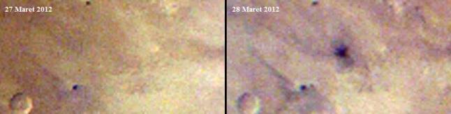 Gambar 3. Perbandingan citra MARCI wahana MRO per 27 dan 28 Maret 2012 yang mengungkap terbentuknya kawah 48,5 meter di sisi selatan Gunung Olympus disertai dengan kejadian ledakan di udara mirip peristiwa Chelyabinsk (Rusia) 15 Februari 2013 silam. Panduan arah, atas = utara, kanan = timur. Nampak bintik hitam dengan 3 alur pencaran tanah yang merentang hingga radius 8 km dari pusat bintik. Di pusat bintik inilah terdapat kawah 48,5 meter. Sumber: NASA, 2014.