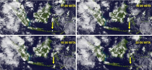 Gambar 3. Letusan Sangeang Api dalam empat jam pertamanya, diabadikan satelit MTSAT-2 dalam kanal inframerah pada resolusi rendah. Pukul 17:00 WITA nampak titik putih mendekati sferis muncul di atas lokasi Sangeang Api (panah kuning), pertanda puncak kolom letusan membumbung tinggi dan mulai melebar membentuk awan payung/jamur raksasa. Dalam tiga jam berikutnya, awan debu vulkanik tersebut terus melebar dan melonjong sembari beringsut ke arah timur-tenggara. Sumber: JMA, 2014.