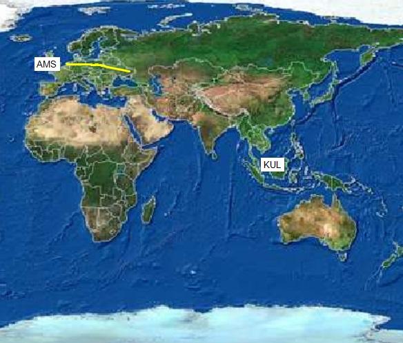 Gambar 2. Rute yang ditempuh Boeing 777-200ER nomor 9M-MRD dalam perjalanan terakhirnya sebagai penerbangan MH17 pada Kamis 17 Juli 2014 lalu (garis kuning), dengan keberangkatan dari Amsterdam (AMS) dan bertujuan di Kuala Lumpur (KUL). Panduan arah: atas = utara, kanan = timur. Sumber: Sudibyo, 2014 dengan data dari FlightAware, 2014.