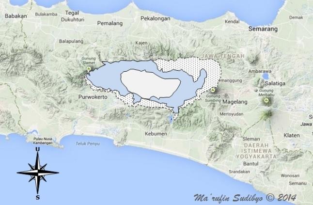 Gambar 5. Bagaimana jika kaldera raksasa Toba dengan Danau Toba di tengah-tengahnya ditempatkan di pulau Jawa bagian tengah dan disejajarkan dengan orientasi pulau. Nampak jelas kaldera raksasa itu membentang dari Gunung Slamet di barat hingga Gunung Sumbing di timur. Sumber: Sudibyo, 2014 berbasis Google Maps.