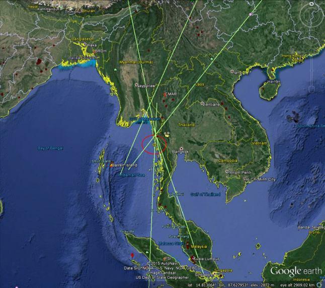 Gambar 2. Posisi titik pelepasan energi meteor-sangat terang dalam Peristiwa Bangkok 2015 (lingkaran) berdasarkan rekaman gelombang infrasonik dari lima stasiun mikrobarometer yang berbeda dalam jejaring CTBTO. Analisis kasar terhadap data CTBTO memperlihatkan Peristiwa Bangkok 2015 melepaskan energi berkisar 5 hingga 30 kiloton TNT. Sumber: CTBTO, 2015.