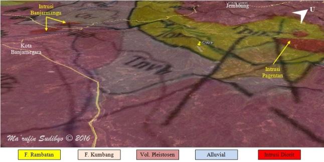 Gambar 6. Peta geologi Kabupaten Banjarnegara bagian timur, yang telah dilekatkan ke citra Google Earth tiga dimensi. Nampak lokasi bencana Clapar terletak di batuan formasi Rambatan, batuan tertua di Banjarnegara. Sedikit ke utara-timur laut dalam jarak sekitar 4 kilometer terdapat intrusi diorit Pagentan, magma yang menelusup di masa silam dan kemudian membeku. Intrusi ini mungkin melesapkan cairan hidrotermal ke batuan disekelilingnya hingga menciptakan fenomena alterasi hidrotermal. Di latar belakang nampak Gunung Telagalele, lokasi bencana longsor dahsyat Jemblung pada 2014 TU silam. Sumber: Sudibyo, 2016 dengan peta geologi dari P3G, 1998.